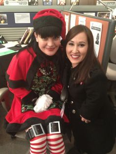 'YAY!!! Me and @Meredith Dlatt Dlatt Dlatt Eaton on set in our #NCIS Christmas episode! She's BACK! Yay! ' via Pauley's twitpic