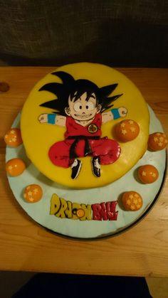 Goku Dragon Ball cake