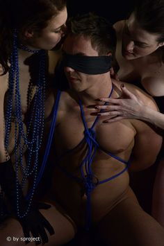 ménage à trois gold © by sproject.de  #male #female #art #lowkey #studio #b&wphotography #bondage #glove #fineart #sproject #2006 #99hb0549 #99hb Potsdam Germany, Art Photography, Studio, Body Painting, Fine Art Photography, Studios, Artistic Photography