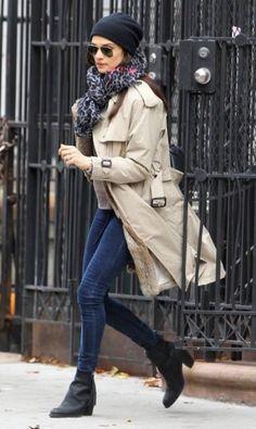 Rachel Weisz: skinnies, grey sweater, printed grey scarf, black booties & hat, raincoat