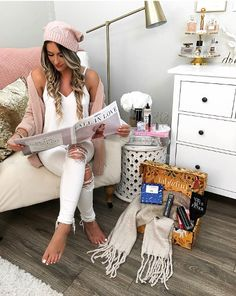 Monday's aren't so bad when you get the new @fabfitfun box filled with fall goodies! The beanie & scarf are my absolute favorites!! #fabfitfunpartner Get $10 off with code LAURA www.fabfitfun.com PS. My hubby said this hat is the cutest thing ever--it's definitely a fall must-have!! http://liketk.it/2sPFy #liketkit @liketoknow.it
