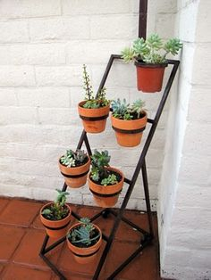 Vintage plant stand - adore