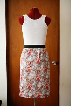 Easy to make dress http://presserfoot.blogspot.com/2010/09/something-i-made-elastic-waist-skirt.html?m=1