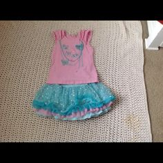 2piece size 6 girls outfit 2 piece super cute outfit she wore once! Dresses Mini