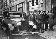 1929 - Julio Prestes em visita à fábrica da Ford no bairro da Mooca.