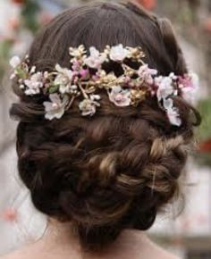 Medieval Hairstyles, Dance Hairstyles, Flower Crown, New Hair, Hair Styles, Floral, Pictures, Wedding, Accessories