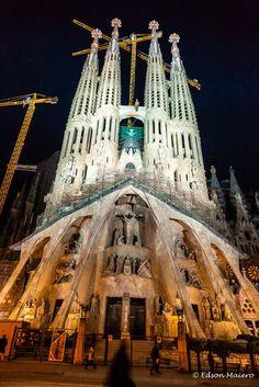 Fachada do Nascimento - Sagradada Família - Gaudí