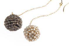 Blossoms🌷#rodrigoandtherose #finejewellery #jewellerydesignstudio #handcrafted #diamond #Basrapearl #seedpearl #earrings #earpendants #diamondbeads #italiandesigner #Spring #inbloom #undertheTuscansun🌳🐝🌾