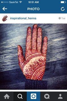 The Tattoo Designs Guide – Custom Tattoo Designs – How To Choose The Best Tattoo Design For You Mehandi Henna, Hand Doodles, Unique Henna, Henna Color, Mehendi Arts, Mehndi Patterns, Natural Henna, Best Tattoo Designs, Henna Artist