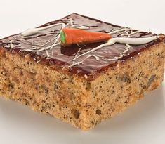 koláč bec cukru a bez múky, s makom, mrkvou Sweet Desserts, Vegan Desserts, Healthy Cheesecake, Low Carb Sweets, Tasty, Yummy Food, Cooking Recipes, Healthy Recipes, Food Inspiration