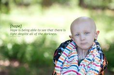 Dorian Murray, un petit Américain âgé de 8 ans, est atteint d'un cancer en phase terminale. L'enfant suscite un fort élan de sympathie parmi les internautes chinois qui sont touchés par son souhait de devenir «célèbre en Chine» avant son décès. ...