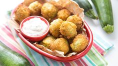 Sub almond flour for biscuit mix. Swap out those same-old tater tots for a simple new zucchini-fied twist! Absolutely awesome for game day apps, brunches and casual cocktail parties. Appetizers For Party, Appetizer Recipes, Snack Recipes, Cooking Recipes, Snacks, Tater Tot Recipes, Vegetable Recipes, Zucchini Tater Tots, Great Recipes