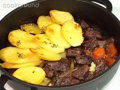 Spezzatino e patate in tortiera: Ricette di Cookaround | Cookaround