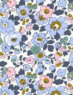 Motif Liberty, Liberty Betsy, Liberty Blue, Liberty Art Fabrics, Liberty Print, Liberty Of London Fabric, Fabric Patterns, Flower Patterns, Print Patterns