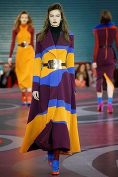 Roksanda Fall 2015 Ready-to-Wear Fashion Show: Complete Collection - Style.com