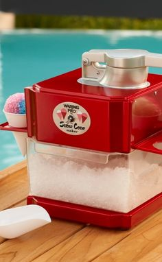 Providing refreshment on sweltering summer days, the Waring Pro® Snow Cone Maker turns ordinary ice cubes into delicious shaved-ice treats instantly.