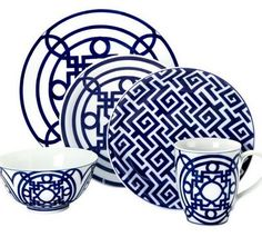 How perfect would these dishes be to add to your summer dinner repertoire? Slightly reminiscent of my favorite Hermes pattern, but obviously not the same thing. I love the addition of the greek key to mix things up a bit, and they're fairly affordable too, since they are from Z Gallerie. Perhaps for something of …
