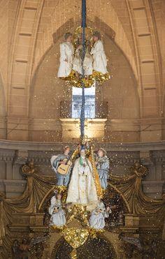 Coronación de la Virgen #María #oropell #MisteridElx Foto: Sixto Marco