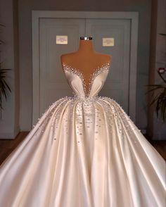Puffy Wedding Dresses, Princess Wedding Dresses, Dream Wedding Dresses, Bridal Dresses, Wedding Gowns, Luxury Wedding Dress, Stunning Dresses, Pretty Dresses, Stunning Wedding Dresses