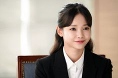 """Ha Yeon Soo is ready for her first job on """"Rich Man, Poor Woman."""" The actress will be playing Kim Bo Ra in the upcoming drama. Her character lives by the m Watch Drama, Rich Man, Actors & Actresses, Kdrama, People, Model, Nancy Momoland, Hair, Korean Dramas"""