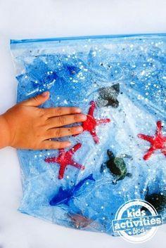 Daha önceki yazımda çocuklarda duyusal gelişimden bahsetmiştim. Bugünde sizler için evde hazırlayabileceğiniz duyusal oyun fikirleri hazırladım. Duyusal oyun çocuğun bir veya daha fazla duyusunu k…