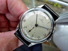 WW11 Men's Omega Vintage 1944 30T2 Classic Dial Denisteel Case 30T2 Runs Well | eBay