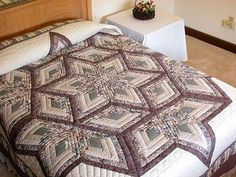 Diamond Log Cabin Star Quilt -- outstanding skillfully made Amish Quilts from Lancaster (hs852)