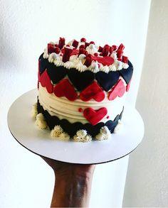 Sweet love cake