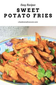 These fries are baked in the oven with honey, cumin and paprika and are the perfect side for barbecues #sweetpotato #sweetpotatofries #bakedfries Vegetarian Side Dishes, Vegetable Side Dishes, Side Dishes Easy, Side Dish Recipes, Vegetarian Recipes, Main Dishes, Fall Dinner Recipes, Sweet Potato Recipes, Fried Potatoes