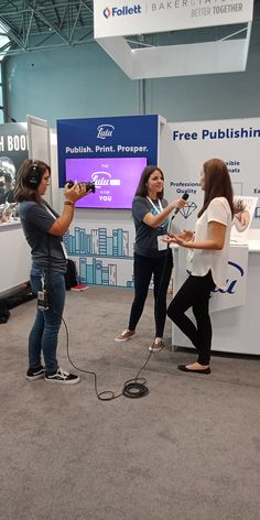 Book signing at the Book Expo and Book Con 2018 in New York City, hosted by the incredible Lulu Publishing!