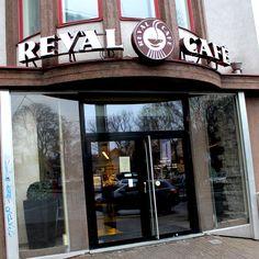 Reval Cafe on Pärnu mnt. in Tallinn, reval cafe, cafes in tallinn, eating in tallinn, coffee in tallinn, eating, lunch, cafe