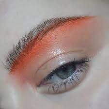 Lining | Architect's Fashion | Red orange eyebrow, glow, mascara, eyebrow on fleek, makeup idea, makeup inspiration