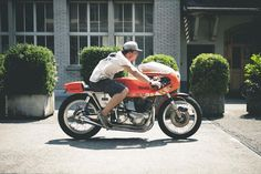 Norton Rickman Metisse Cafe Racer - Young Guns Speed Shop #motorcycles #caferacer #motos | caferacerpasion.com