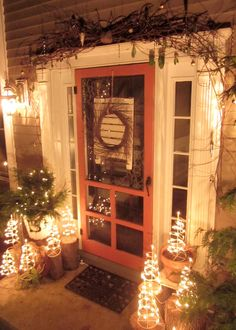 Down to Earth Style: Rustic Christmas Porch