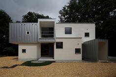FRAME / Keikichi Yamauchi Architect and Associates