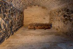 Posada de la Hermandad - Toledo Tours, Home Decor, Mysterious Places, Sorority, Nocturne, Paths, Monuments, Cities, Interior Design