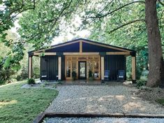 Shipping Container Home Designs, Shipping Container House Plans, Container House Design, Tiny House Design, Storage Container Homes, Building A Container Home, Container Buildings, Casas Containers, Tiny House Cabin