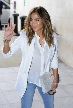 Jennifer Lopez, Celebs, Celebrities, Different Styles, Rihanna, Latina, Hair Inspiration, Blazers, Celebrity Style