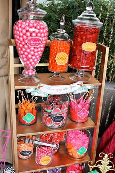 fabulous party candy station idea
