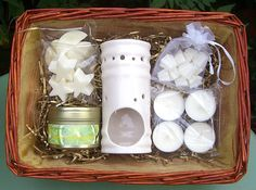 Soy Wax Candle Burner & Wax Tarts Wicker Gift by RainflowerKent