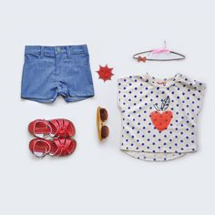 Look at Me shorts + Siaomimi t-shirt + Salt Water sandals + Mini Rodini Sunglasses + Pica headband + Bobo Choses patches  > http://www.mylittlesquare.com/en/