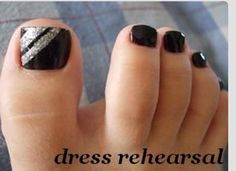 70 Ideas For Black Pedicure Designs Silver Gold Nails Toe Designs, Pedicure Designs, Black Nail Designs, Manicure E Pedicure, Pedicure Ideas, Black Pedicure, Glitter Pedicure, Toe Nail Designs Simple, Jamberry Pedicure