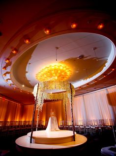 We make things intimate for your wedding at Four Seasons Hotel Boston Governor's Room
