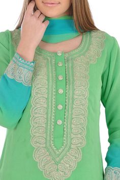 Talking Threads presents an exotic combination of green-turquoise ombre dyeing and kashmiri aari tilla work in this new collection. Green-Turquoise ombre dyed pure georgette shirt is decorated with nude-gold paisley kashmiri tilla aari embroider Thread Art, Green Turquoise, Indian Fashion, Paisley, Stitching, Tunic Tops, Pure Products, Embroidery, Suits