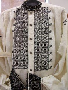 España es un país rico en tradición textil. Ya os hablamos del bordado mallorquín  y el de Lagartera  y hoy es el turno del bordado segovia...