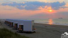 strandhuisjes-nieuwvliet-zonsondergang