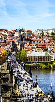 Beautiful View of Charles Bridge (Karluv Most) in Prague, Czech Republic.    |   22 Reasons why Czech Republic must be in the Top of your Bucket List