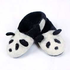 Kids felted wool slippers, Panda, the bear. Very comfy and warm. Handmade in Romania. Felted Wool Slippers, Sheep Wool, Romania, Wool Felt, Panda, Comfy, Bear, Kids, Leather