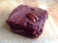 'Skins On' Beetroot & Sweet Potato Brownies (gluten-free, sugar-free & vegan) | Gluten Free Rosie yumyum yum