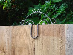 Hey, I found this really awesome Etsy listing at http://www.etsy.com/listing/165147796/metal-art-funny-face